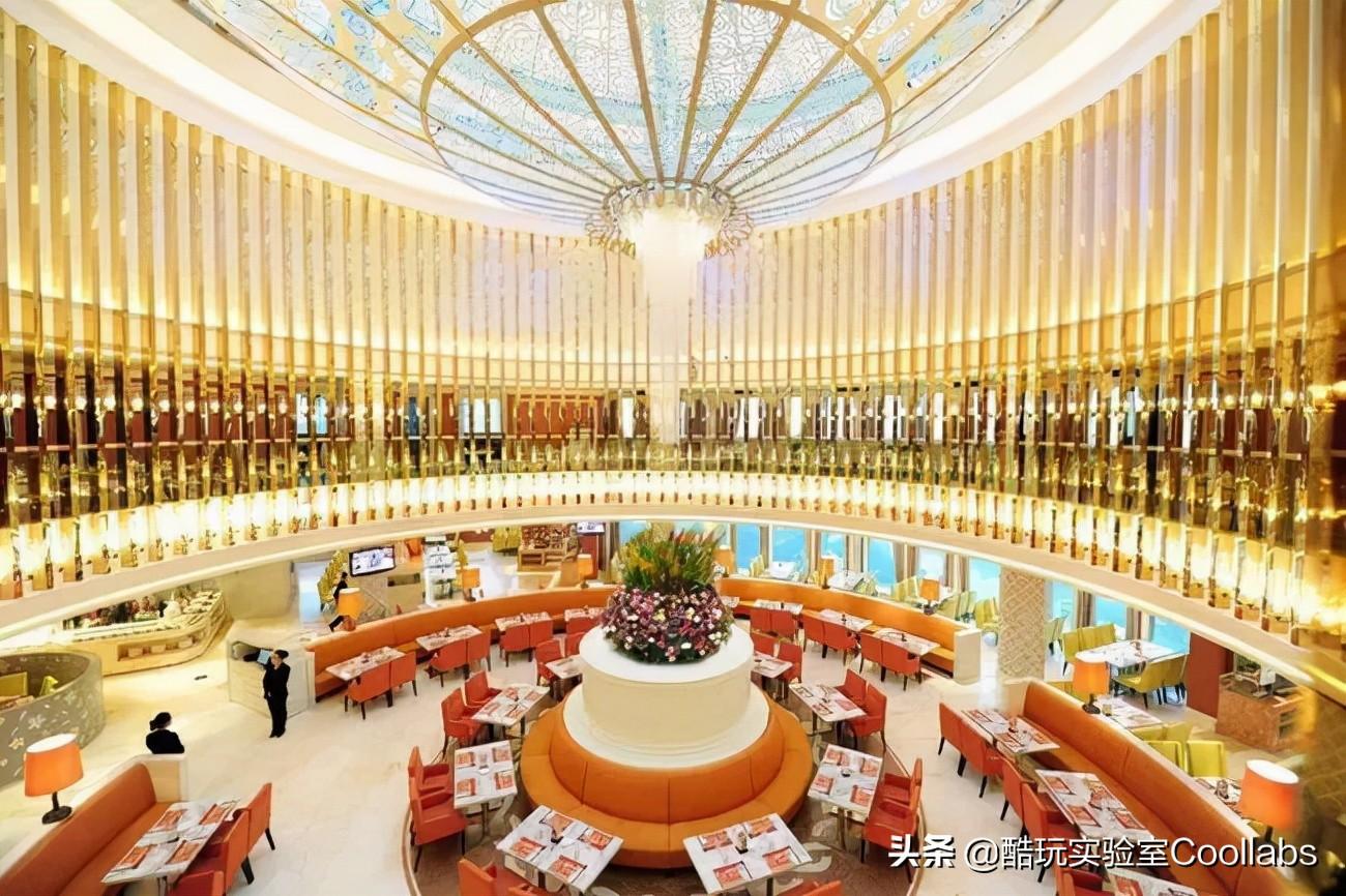 398块钱的星巴克自助餐,到底让哪些中国人吃出了优越感?