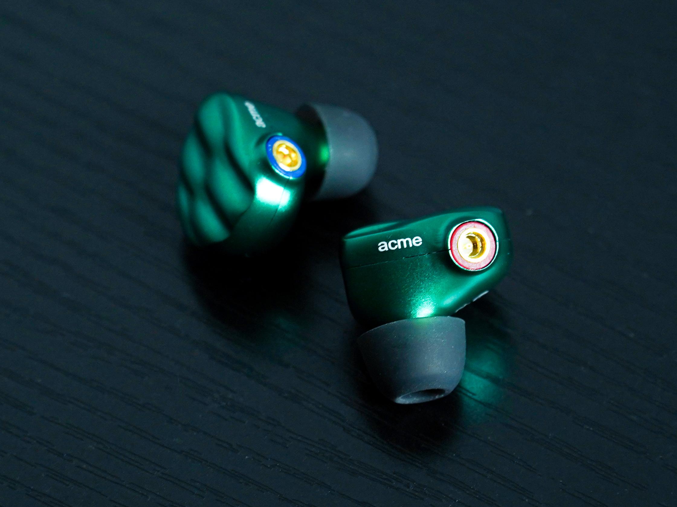 入耳式耳机当然要挑音质好!W+G的T2不要太强